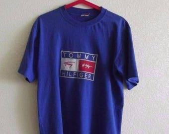 Tommy Hilfiger t-shirt, vintage blue Tommy shirt of 90s hip-hop clothing, 1990s hip hop, old school, OG, gangsta rap, size S Small