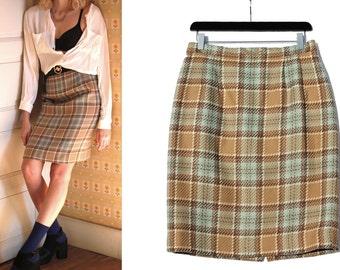 Vintage tartan Skirt / Plaid Skirt / checked skirt / women's clothing / french brand