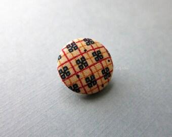Clover Lapel Button - Men's Lapel Pin - Buttonhole - Suit Pin - Anniversary Gift