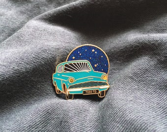 PREORDER—Harry Potter The Flying Ford Anglia Hard Enamel Pin