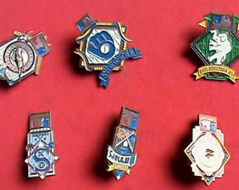 Dealer lot of 6 different vintage 1994 Major League Baseball cap pins. Various teams