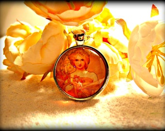 Alphonse Mucha Artwork Necklace (shipping included)