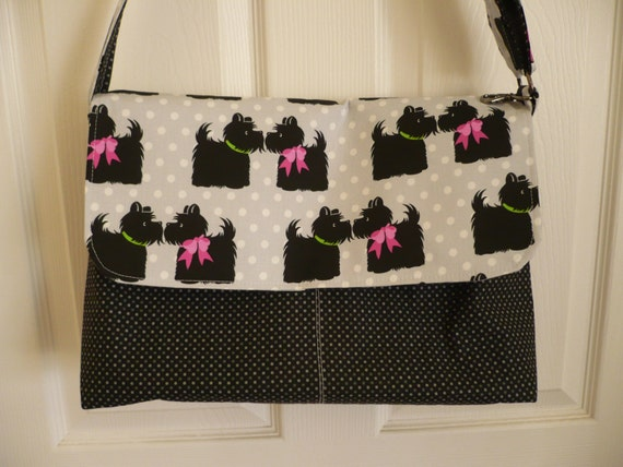 Loveable Terriers Black Adjustable Flappy Diaper Bag