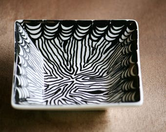Zentangle inspired ceramic bowl