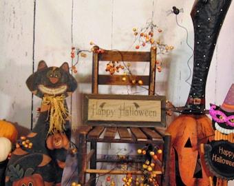 Primitive Wooden Happy Halloween Crow Sign Raven Rustic