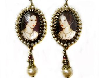 Anne Boleyn, Ann Boleyn, Anne the Queen, Tudor earrings, Renaissance earrings, SCA jewelry, cosplay earrings, Anne Boleyn earrings, Gift her