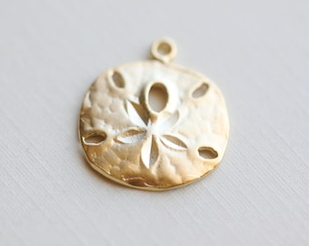 Vermeil Sand Dollar Charms 03 - 18k gold over sterling silver, nautical round pendant, beach themed, 18mm