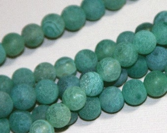 14 inch strand of Green frosted cracked agate round 8mm