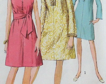 Vintage Dress Sewing Pattern UNCUT Simplicity 7381 Size 16