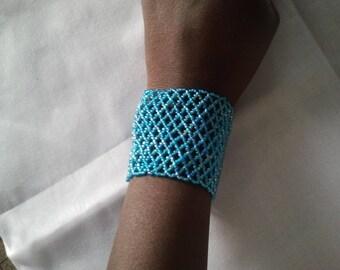 Blue seed beads bracelet