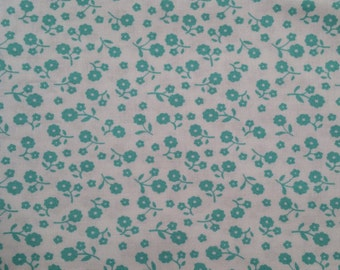 Small Teal Flowers on White Background - Cotton Woven Fabric