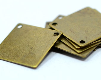 25 Pieces Antique Brass 16x16 mm Square 2 Hole Necklace Findings
