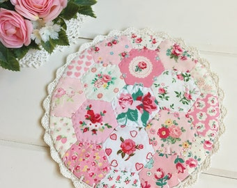 a most lovely hexie patchwork doily no. 5