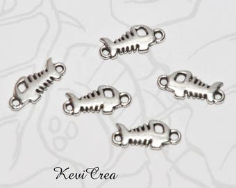 10 x silver metal Fishbone connectors