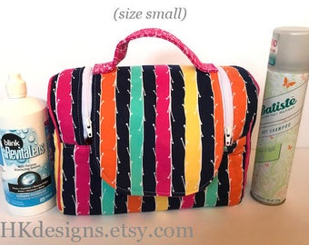 Cosmetic tote in size small or large