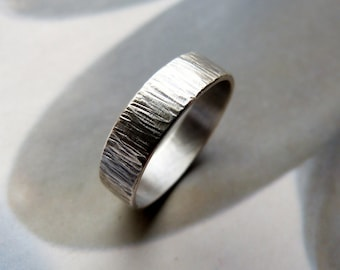 Mens ring, rustic Hammered, Sterling silver, men's jewelry, unisex, wedding band, 6mm wide, men jewelry, 40th birthday gift for men, for him
