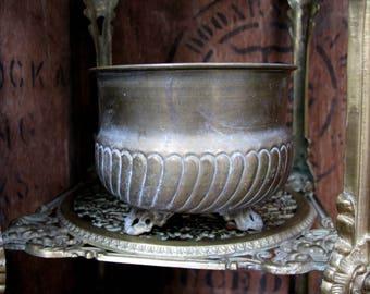 Brass Planter, Vintage Brass Urn, Brass Plant Pot, Footed Planter, Brass Jardiniere, Brass Urn, Vintage Planter, House Plant, Conservatory