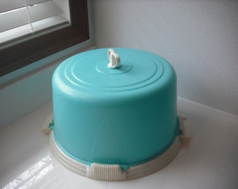Vintage Lock Lift Cake Cover Turquoise/White  Made in USA