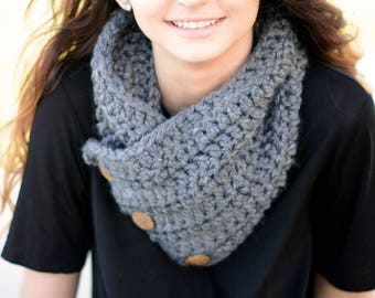 Crochet Boston Cowl Scarf, Button Cowl, Crochet Neckwarmer Wrap, Winter Neckwarmer Wrap Scarf, Crochet Cowl, Chunky Crochet Cowl