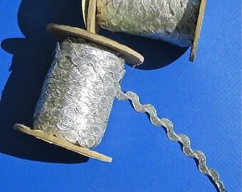Silver Metallic Ric Rac, 72 Yards - FREE SHIPPING