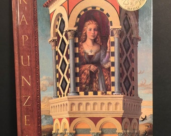 Rapunzel, Retold and Illustrated by Paul O Zelinsky, Hard Cover 1997 1st Edition by Scholastic Publishing