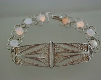 Vintage Sterling Silver Filagree Panel Leaf Round Disc Open Work Loop Bracelet  …..3983