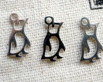 Penguin charm silver jewellery supplies C451