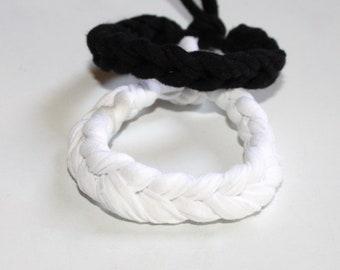 Bracelets in fabric-T-Shirt yarn bracelet - bracelet - gift for her - crochet bracelet