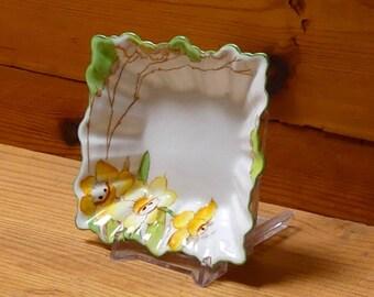 "Vintage Royal Albert Art Deco ""Daffodil"" Sweets Dish 1927-1935"