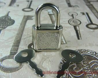 Silver Tone Padlock with 2 keys