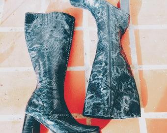 Vintage Platform Boots 90's Go-Go Boots Snakeskin Leather Size 7.5 Club Kid Platform