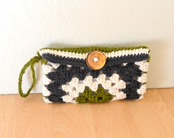 Crochet Bag Pattern - Wallet Pattern - Granny Square Wristlet Clutch Pattern - PDF Pattern - DIY - Beginner Crochet
