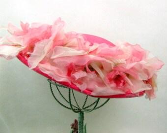 Vintage 1950s Straw Hat | Wide Brim | Pink Straw Hat | Pink Silk Millinery Flowers | Pink Velvet Trim | Cartwheel Hat | Church Hat | Party