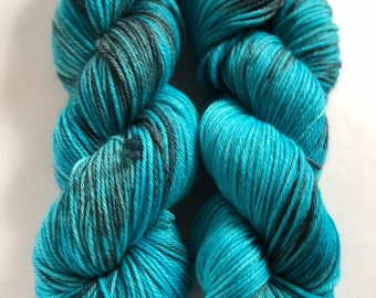 Wind Sailor - 100% Superwash Merino, worsted weight wool