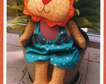 Pattern ''Leon'' Lion Soft Sculpture, Stuffed Toy, Softie, Cloth Toy Sewing Pattern by Melly & Me (MM081)