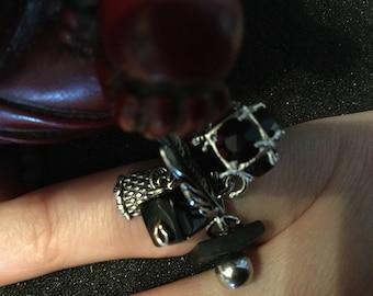Ring pendants 'OWL '.