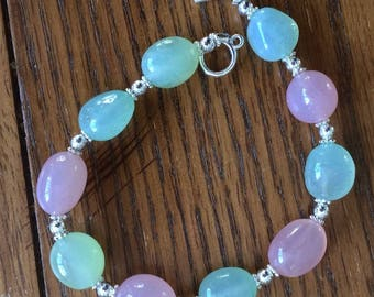 Jelly Bean bracelet. Perfect for spring, pastels and silver with pale pink, blue, and green agate nuggets.