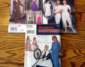 Girls/Misses Historian, Renaissance & Egyptian Costumes, sizes 6 to 22 and S to L - UNCUT