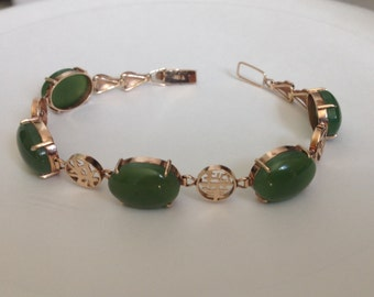 1960s Vintage 18kt Yellow Gold and Green Jade Cabochon Link Bracelet with Chinese Caligraphy / Free Shipping