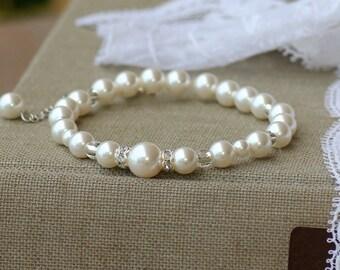 Ivory Pearl Bridal Bracelet, Swarovski Pearl Bracelet, Pearl Bridesmaids Bracelet, CLASSIQUE 2B