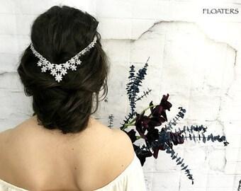 Crystal Bridal Hair Comb, Wedding Headpiece, Silver Hair Combs, Bride Hair Accessories, Cubic Zirconia, Swarovski Hair piece, Head Piece