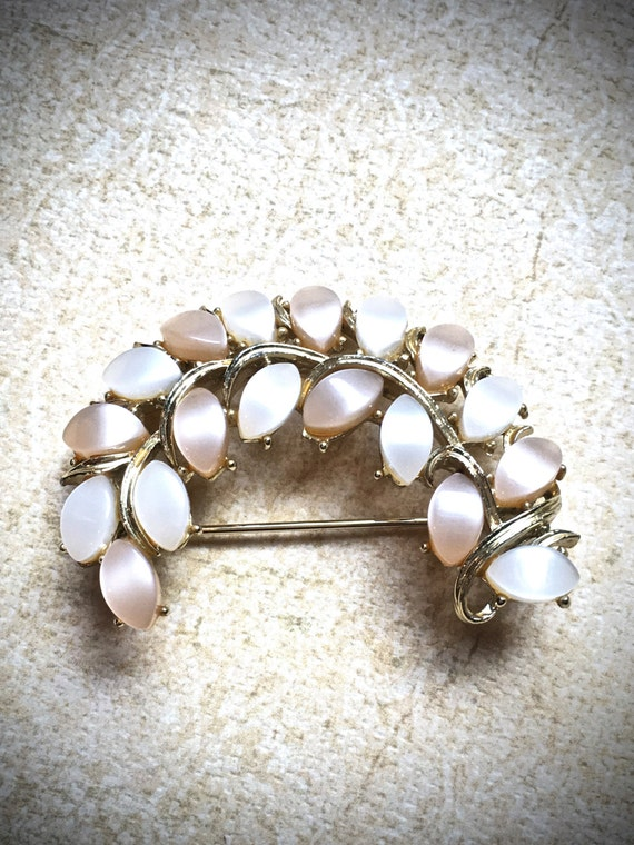 Peach and Cream Mother of Pearl leaf brooch