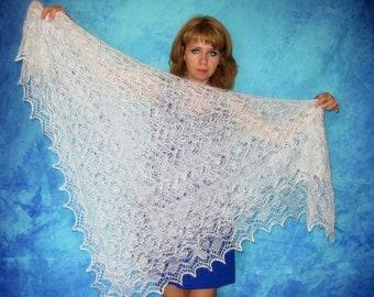 White shawl,Hand knit shawl,Lace wedding shawl,Russian shawl,Goat down shawl,Bridal cover up,Warm handmade shawl,Wool wrap,Downy kerchief