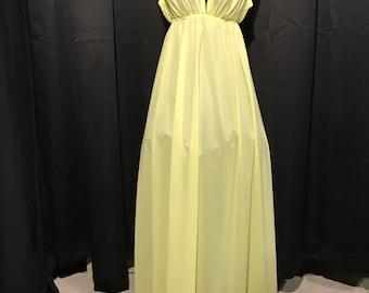 Vintage nightgown yellow small Cira by John Kloss