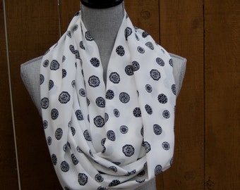 Infinity scarf, fabric scarf, tube scarf, loop scarf, eternity scarf, circle scarf, white scarf, white and black, classic, statement scarf
