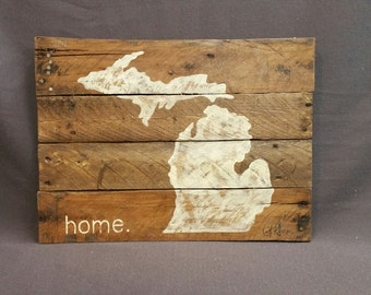 State of Michigan, Reclaimed Wood, Pallet wall Art, Gift, Hand painted, home, Wall art sign, barn wood, Distressed, Rustic & Shabby