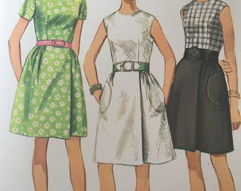 "Sewing Pattern - dress pattern -  wrap skirt pattern  - Simplicity - Size 14, Bust 36""  vintage sewing patterns"