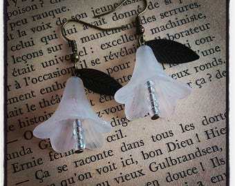 Earrings dangle white Bell flower