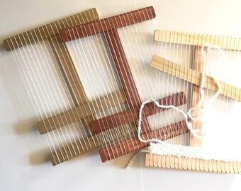 Small Size Wood Weaving Loom & Beginner Weaving Kit, Holiday Gift Idea, DIY Weaving Kit