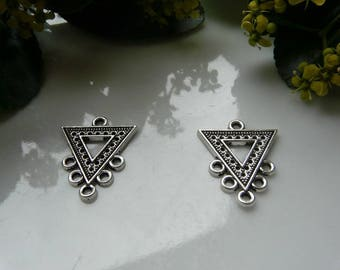 Charm pendant 25x20mm x 2 silver triangle connector